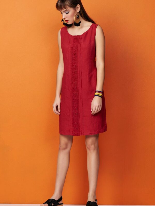 Linen dress with lace (8142)