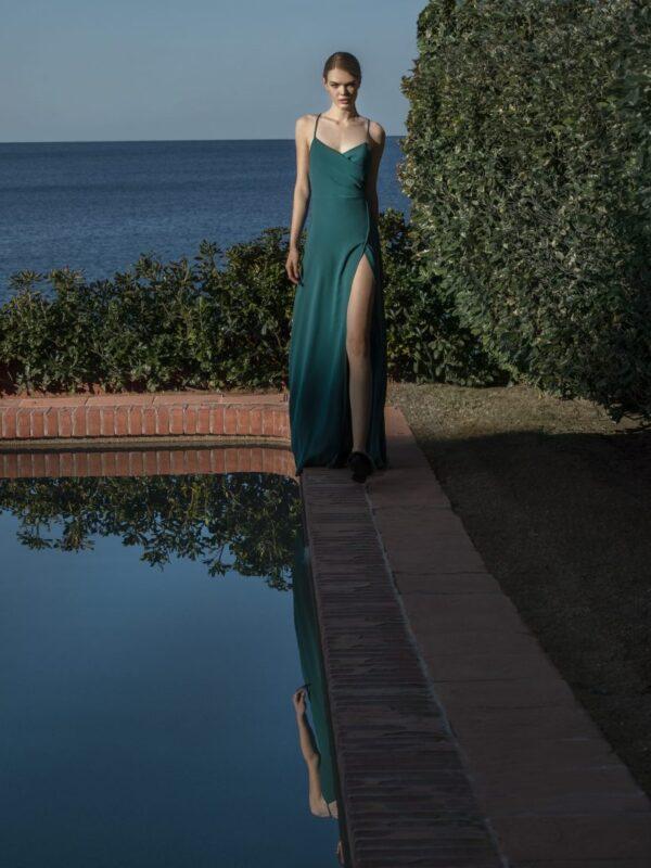 Φόρεμα με σκίσιμο (FY10120)