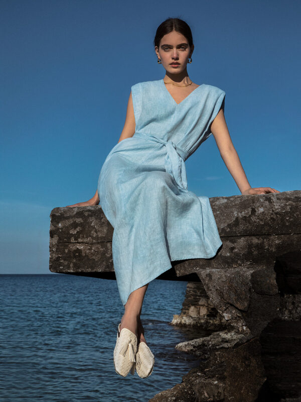 Linen dress with shoulder pads (8185)